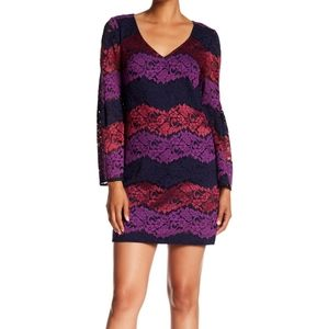 S Trina Turk Revue Bell Sleeve Lace Dress